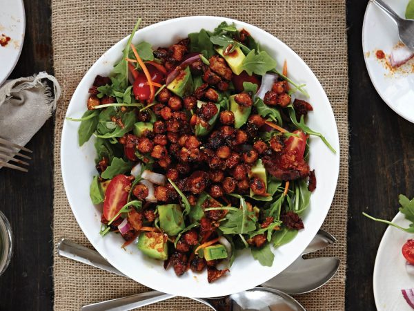 20140810-salad-samurai-smokehouse-chickpeas-n-greens-vanessa-k-rees-thumb-1500xauto-409166